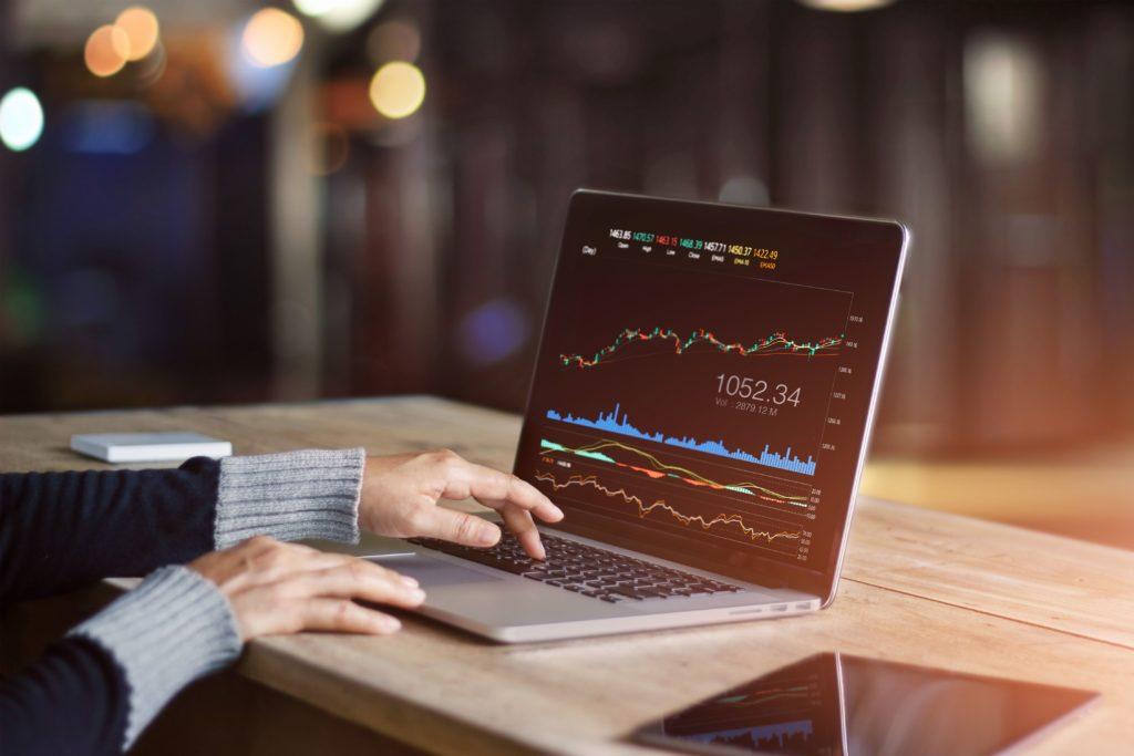 Qual a melhor estratégia de análise de investimento