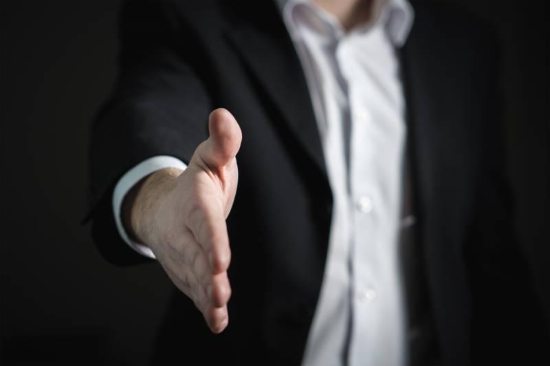 avalie a contratação de um profissional